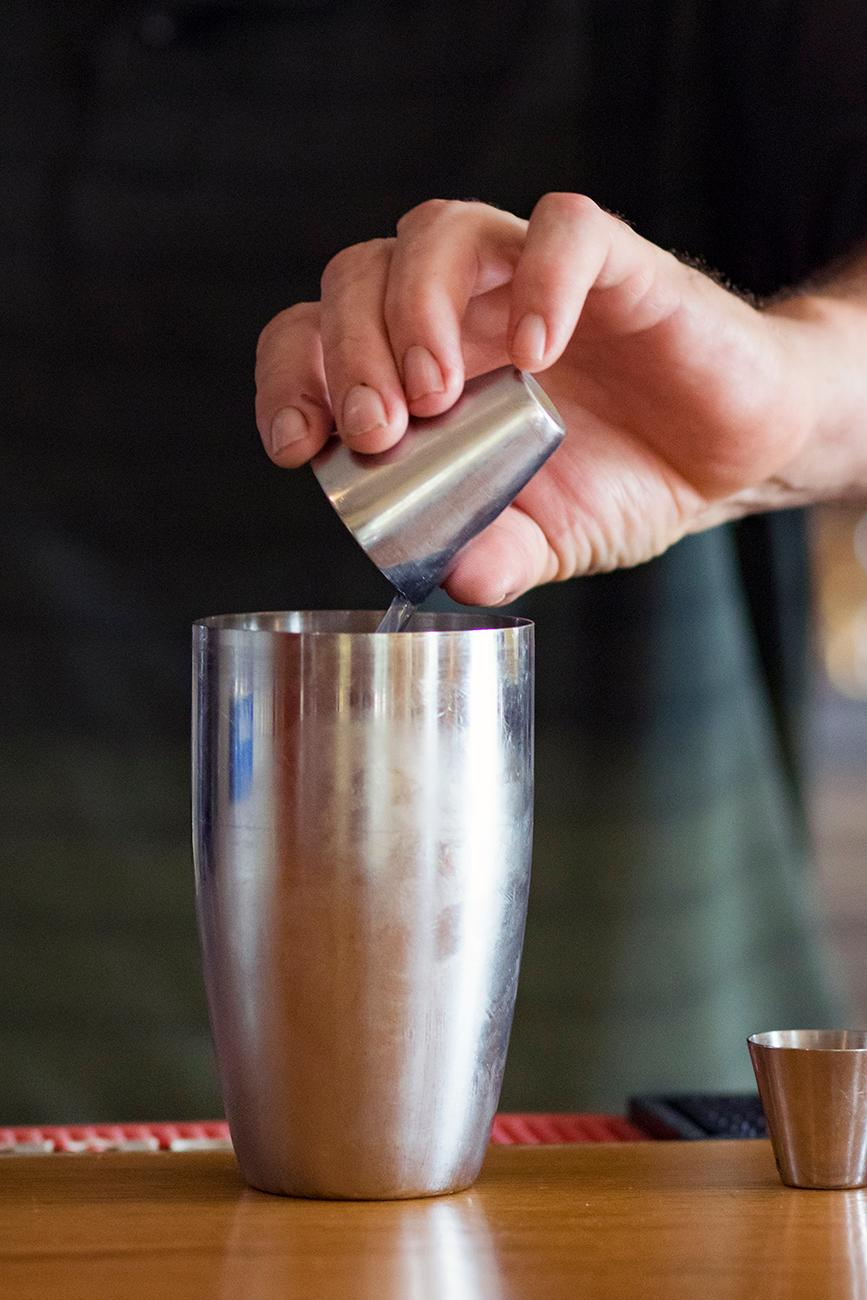 <p>John Caldwell, owner and chief, making a Long Island iced tea{&amp;nbsp;}/ Image: Allison McAdams // Published: 10.21.18</p>