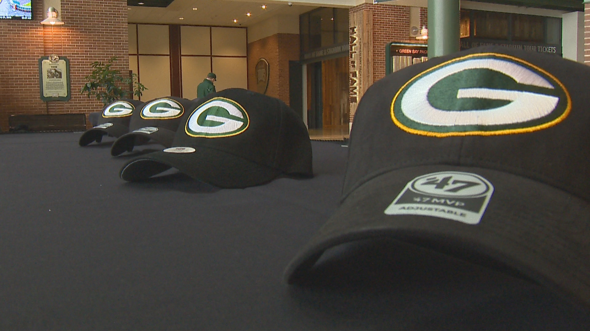 Green Bay public schools are teaming up with the Green Bay Packers and Bellin Health to sell baseball caps featuring the Packers, Bellin Health and the school's logo. The money raised will help support each school's athletic programs, January 31, 2018. (WLUK)