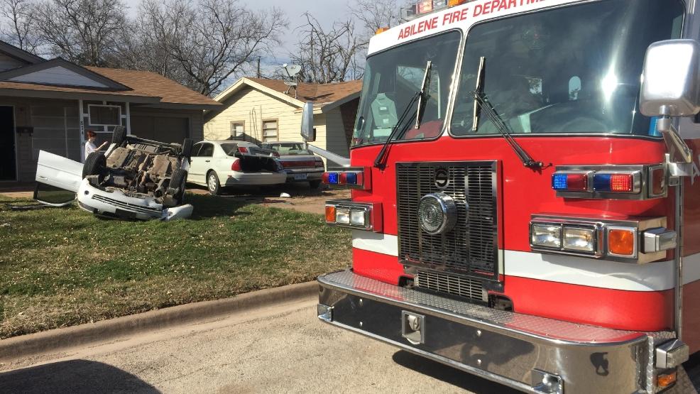Car strikes 3 vehicles, hits mailbox, flips, lands in Abilene yard