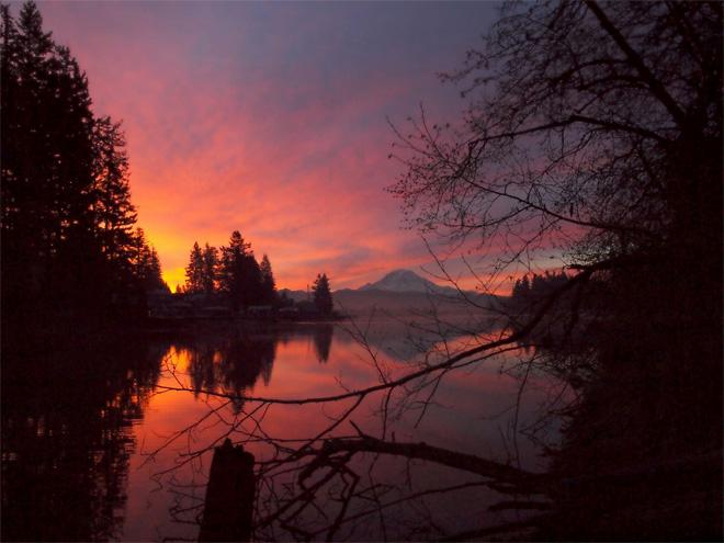The sunrise before the rain. Good morning from Lake Tapps. -- Marisa Maestas Goff