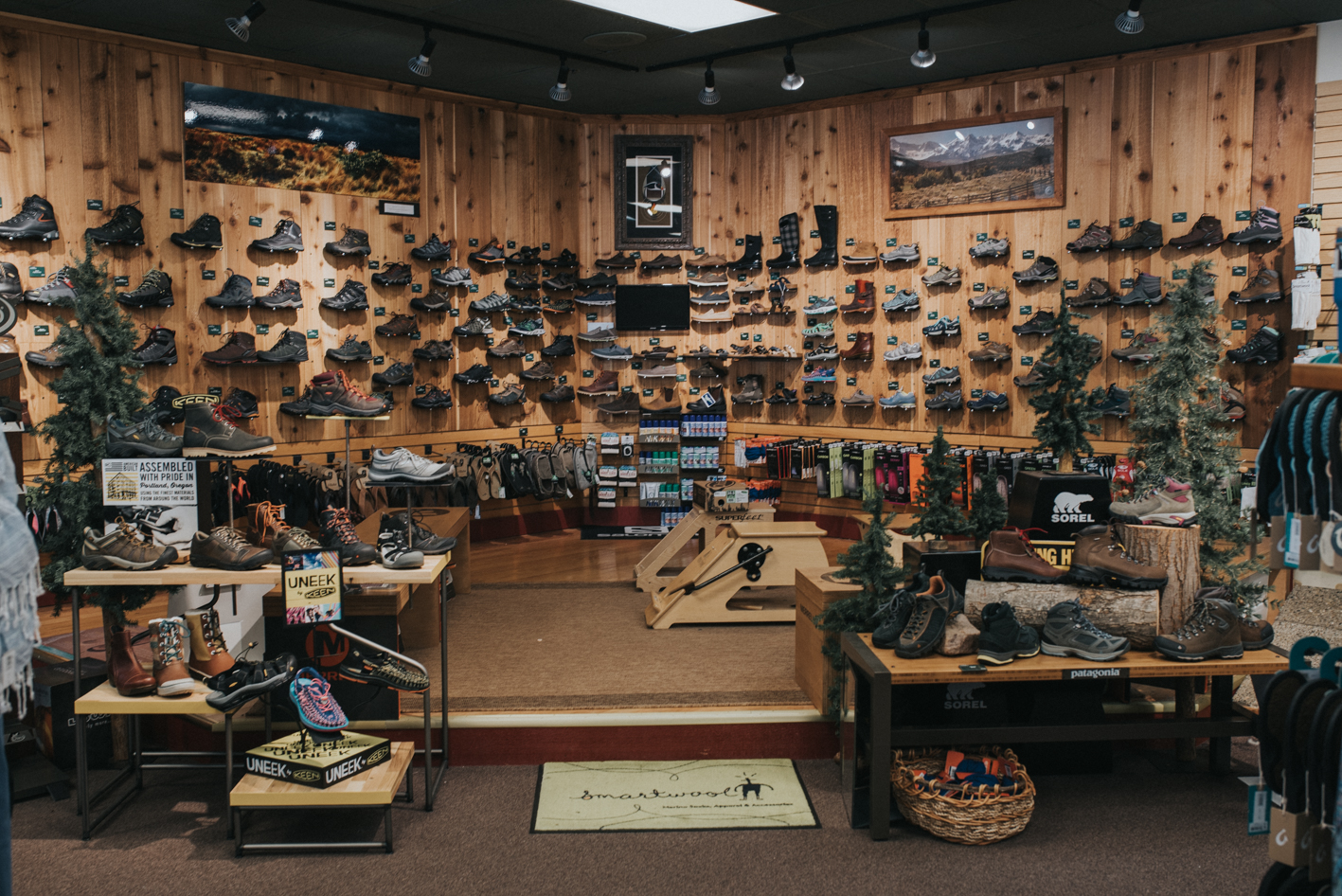 Located in Blue Ash, Benchmark Outdoor Outfitters sells outdoor clothing, hiking & camping paraphernalia, climbing gear, and much more. Whether you're a seasoned vet on the trails or a newbie, the knowledgeable staff is eager & ready to help you plan that next big adventure. ADDRESS: 9525 Kenwood Rd. (45242) / Image: Brianna Long // Published 5.27.17