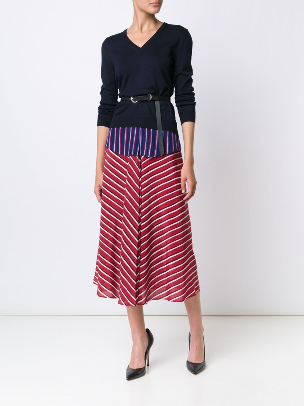 So the sweater may be a bit too hot for DC weather but we can't resist this patriotic skirt if you have a fancier engagement to attend! Altuzarra skirt, $1,395, husonline.com (Image: Courtesy Hu's Shoes)