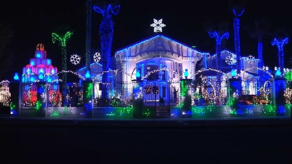 El Paso Christmas Lights.Programmer Loya Family Speak About The Magic Behind El