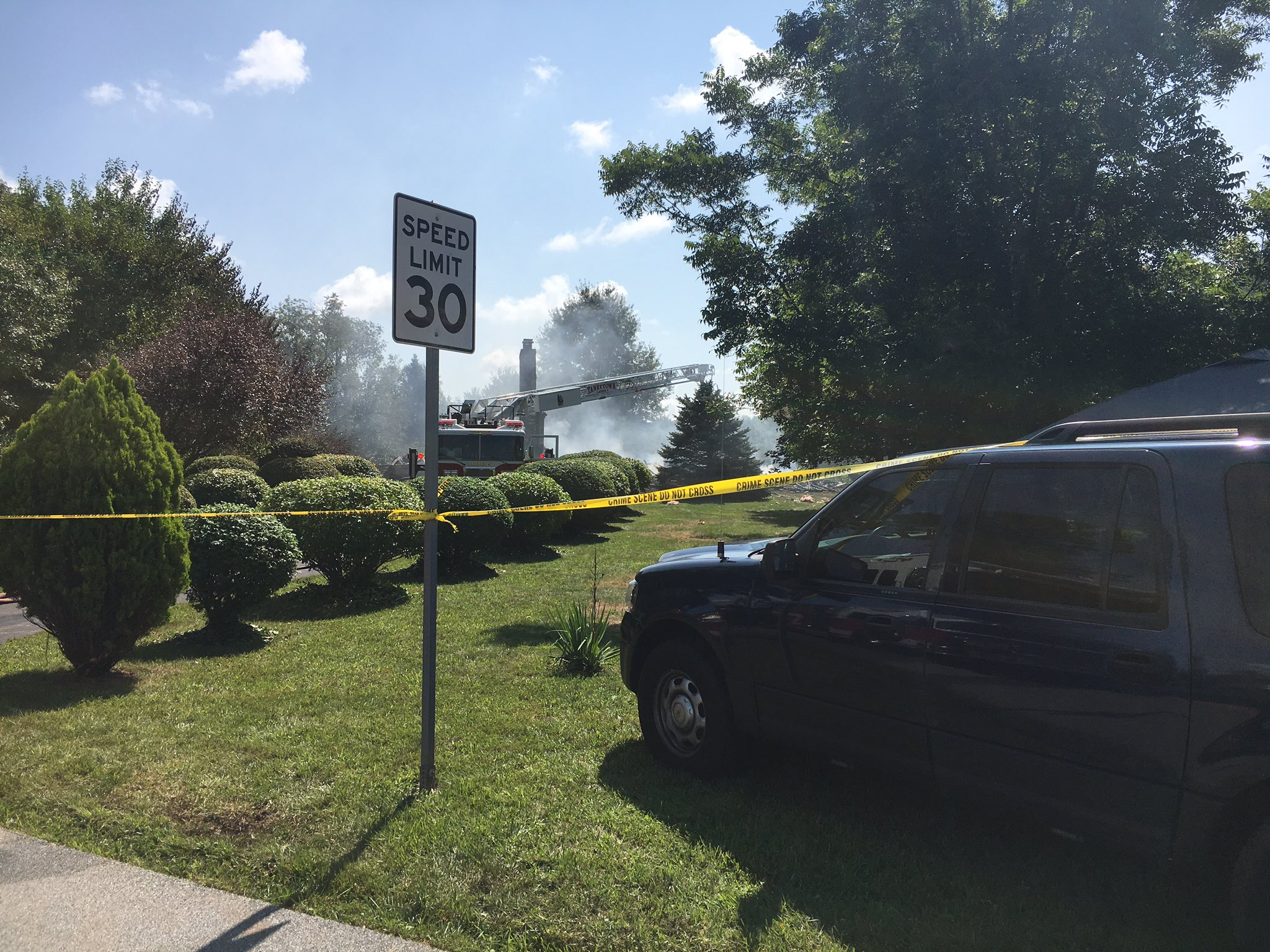 Reported explosion, fire at Taneytown home (Photo: @ShelleyOFox45)