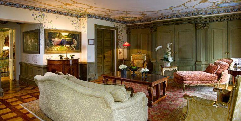 The Venus Suite. (The Villa Casa Casuarina Hotel)