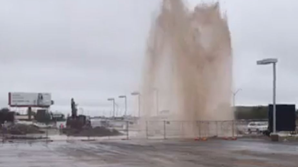 Water Main Break At Old McGavock Nissan In South Abilene, Geyser Of Water  Shoots In Air