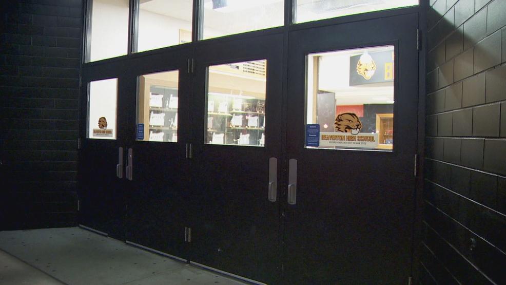 Beaverton High School gym closed after cracks discovered & Beaverton High School gym closed after cracks discovered | KATU