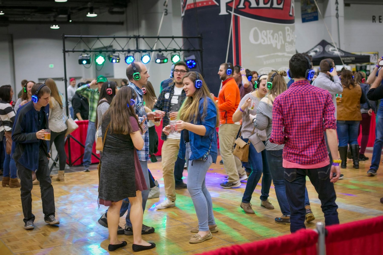 The 10th Annual Cincy Beerfest was held February 17-18, 2017. Over 500 craft beers from 150+ breweries from all around the country could be tasted within the Duke Energy Convention Center. / Image: Mike Bresnen Photography // Published: 2.18.17