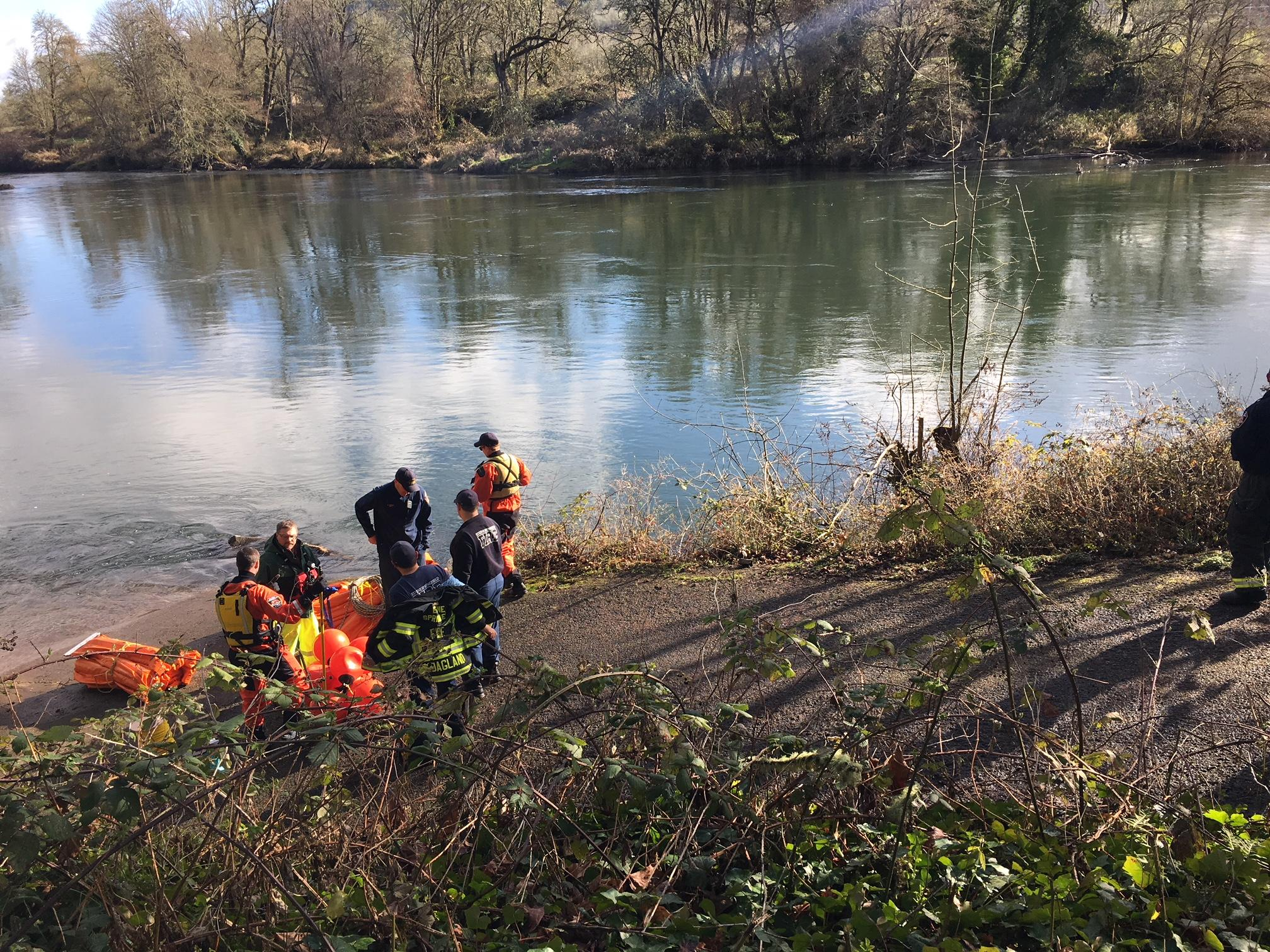 A petroleum-based fluid leaked into the McKenzie River about 800 feet downstream from the drinking water intake for over 200,000 people, the Eugene Water & Electric Board said. The spill has been cleaned up, and there is no threat to the water supply, according to Department of Environmental Quality staff and hazardous materials cleanup crews at the scene. (SBG)